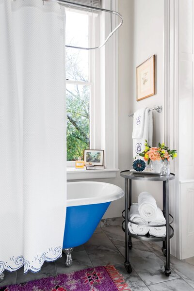 The One Thing I Wish I Knew Before Buying An Antique Clawfoot Tub