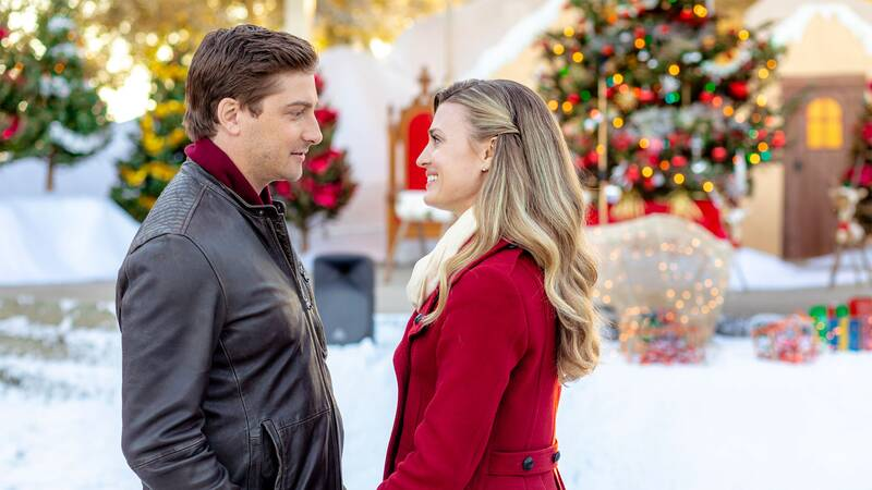 The Reason You\'re so Obsessed with Hallmark Christmas Movies ...