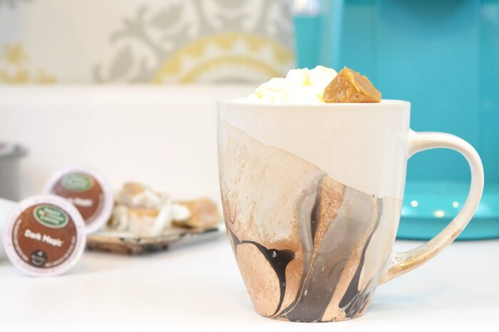 Diy watercolor coffee mugs southern living here at southern living we love a good diy based in atlanta georgia the craft box girls led by craft guru and author lynn lilly are creating fun solutioingenieria Choice Image