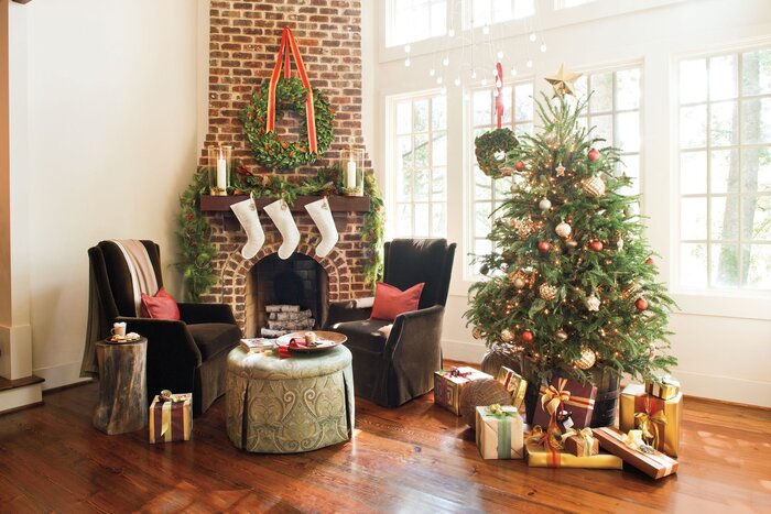 simple refined - Christmas Mantel Decor