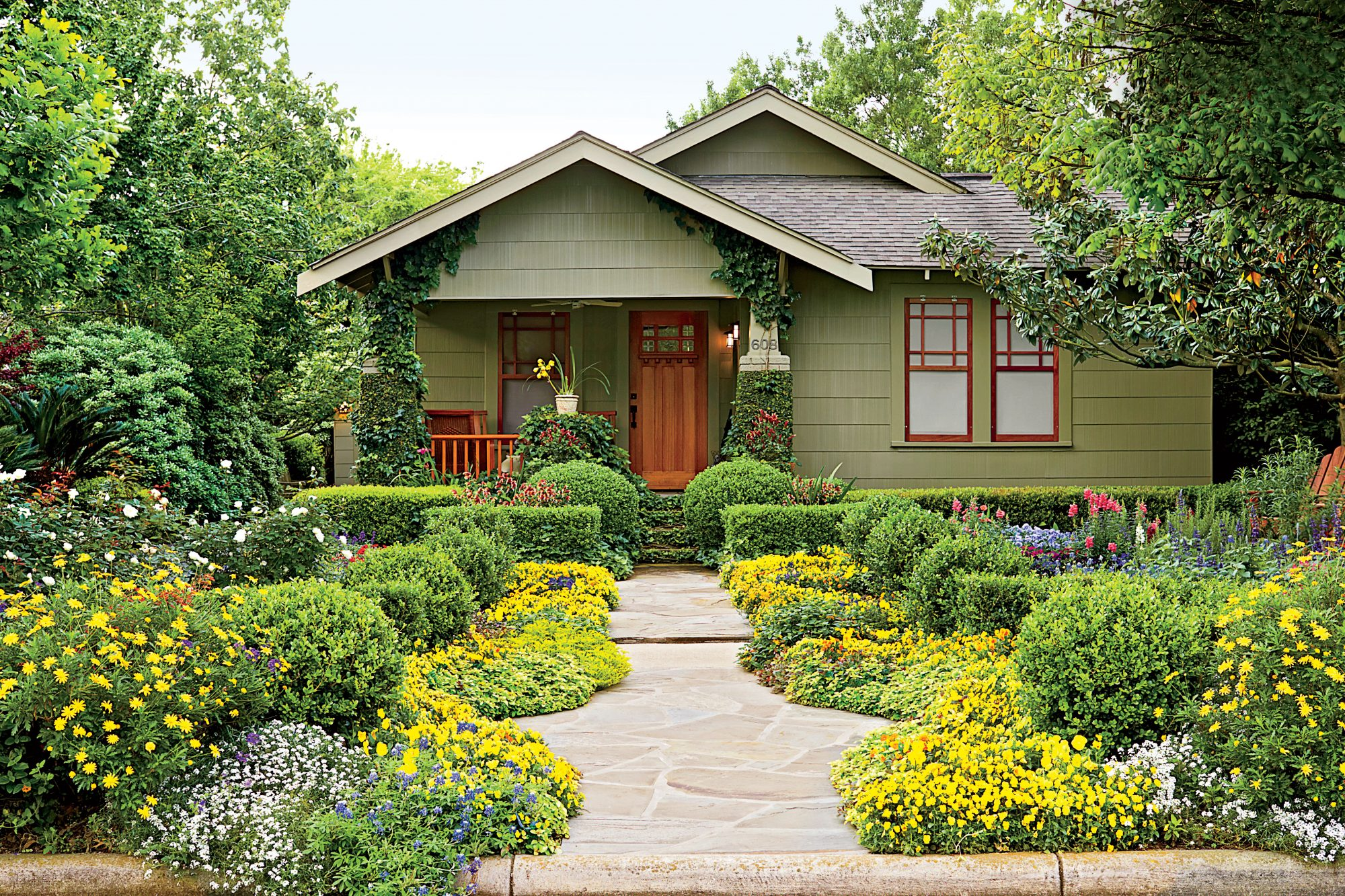 Houston Bungalow Garden - Southern Living