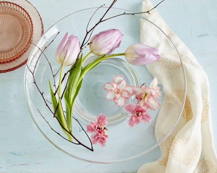 Easy spring flower arrangements southern living the floating flower arrangement mightylinksfo