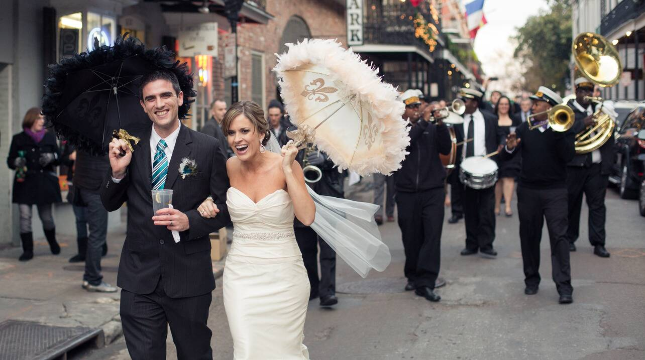 Rx 1706 A Rollicking Second Line Southern Wedding Traditions