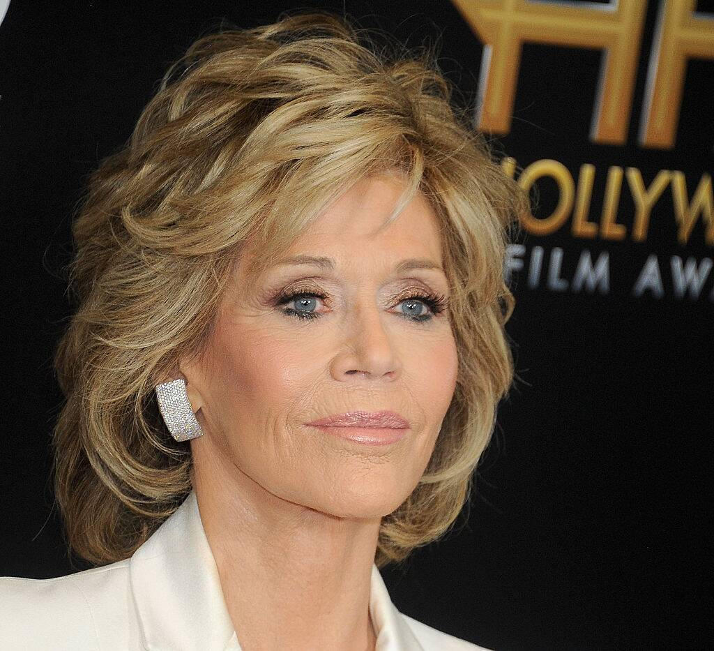 Rx 1802 Best Celeb Short Haircuts Of All Time Jane Fonda S Signature