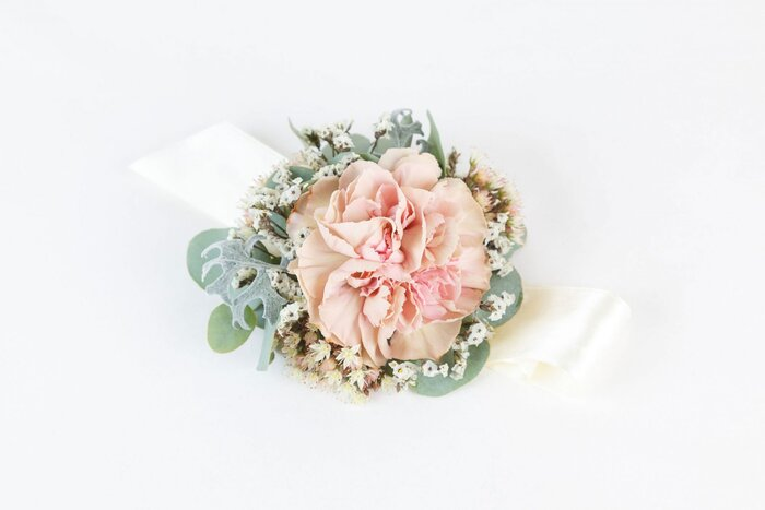 Best flowers for corsages southern living carnation corsage mightylinksfo