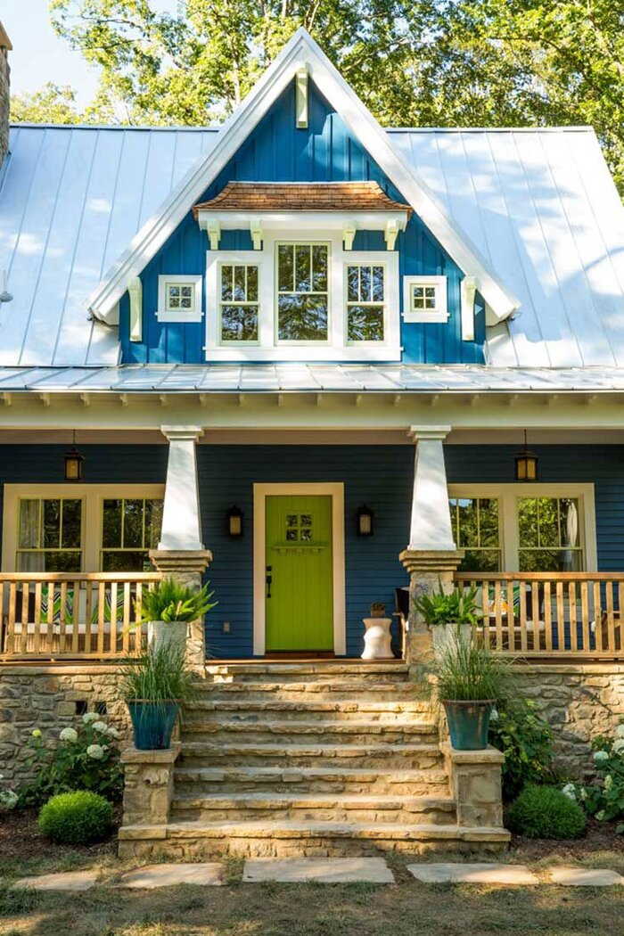 What to Know Before Painting Your Front Door Bright Green - Southern ...