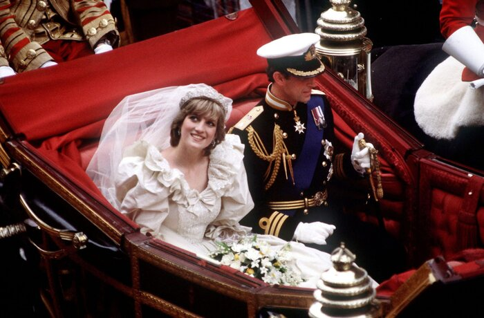 Why We Love Princess Diana\'s Wedding Dress - Southern Living