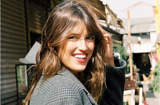 The Low Maintenance French Fringe Bangs Everyone Is Going Crazy For ...