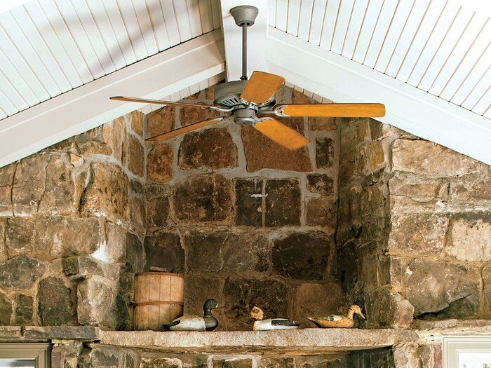 Change Your Ceiling Fan Direction In Winter And You Can Save Energy