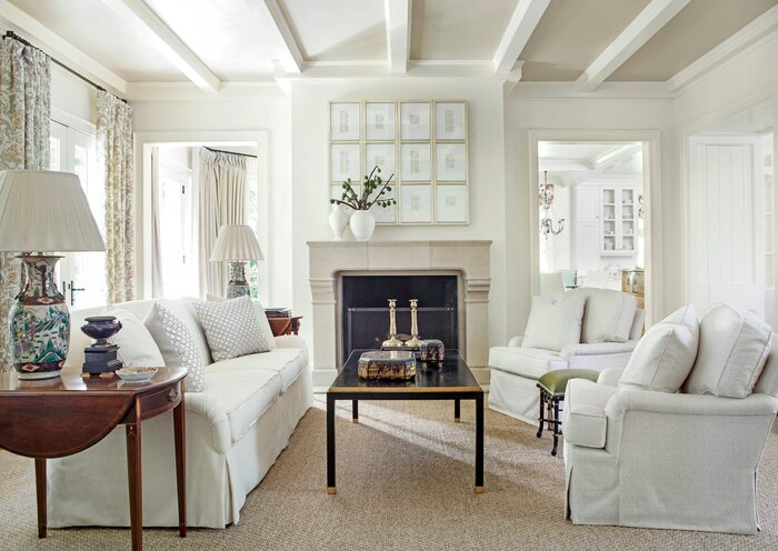 Light Suzanne Kasler Living Room - Southern Living