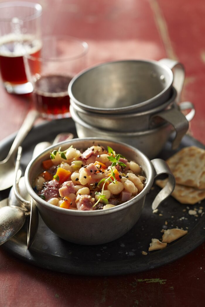 Navy bean and ham soup recipe southern living navy bean and ham soup forumfinder