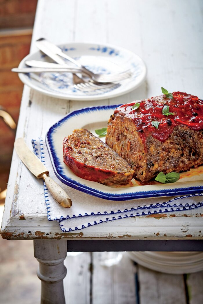 Sun dried tomato basil meatloaf recipe southern living sun dried tomato basil meatloaf forumfinder Gallery