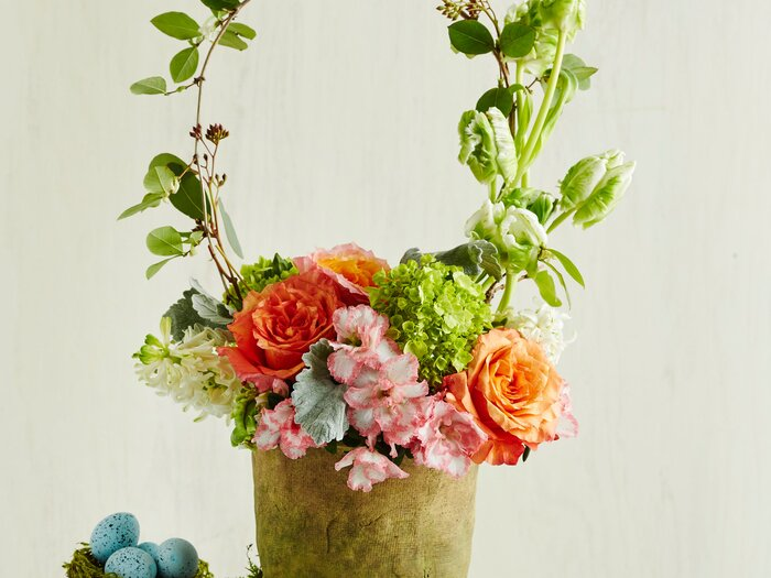 This easter basket centerpiece only looks tricky to pull off easter basket centerpiece negle Images