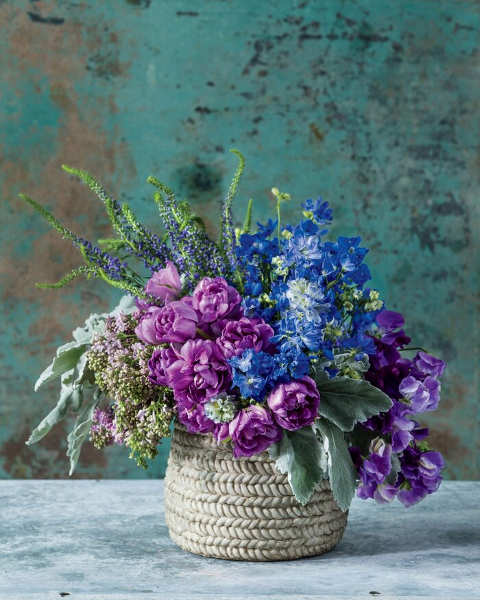 How To Keep Cut Flowers Fresh Southern Living