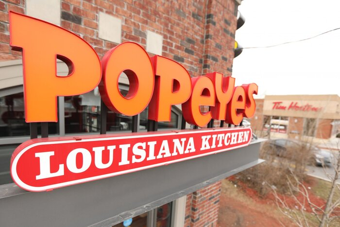The World\'s Last Popeyes Buffet is in Louisiana - Southern Living