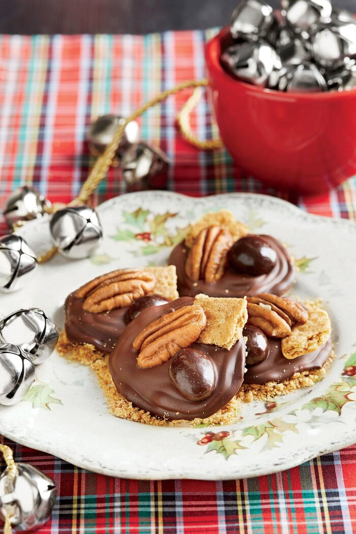 Giftworthy christmas candy recipes southern living mississippi mud medallions forumfinder Images