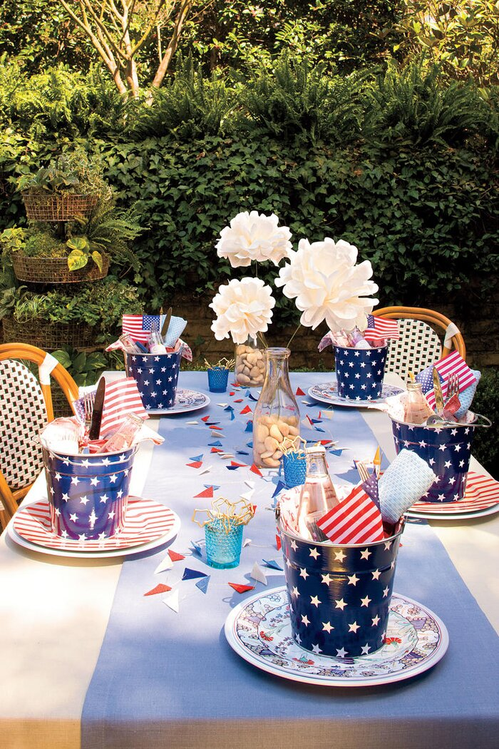 Patriotic Table Setting Decorations: An All-American Party ...