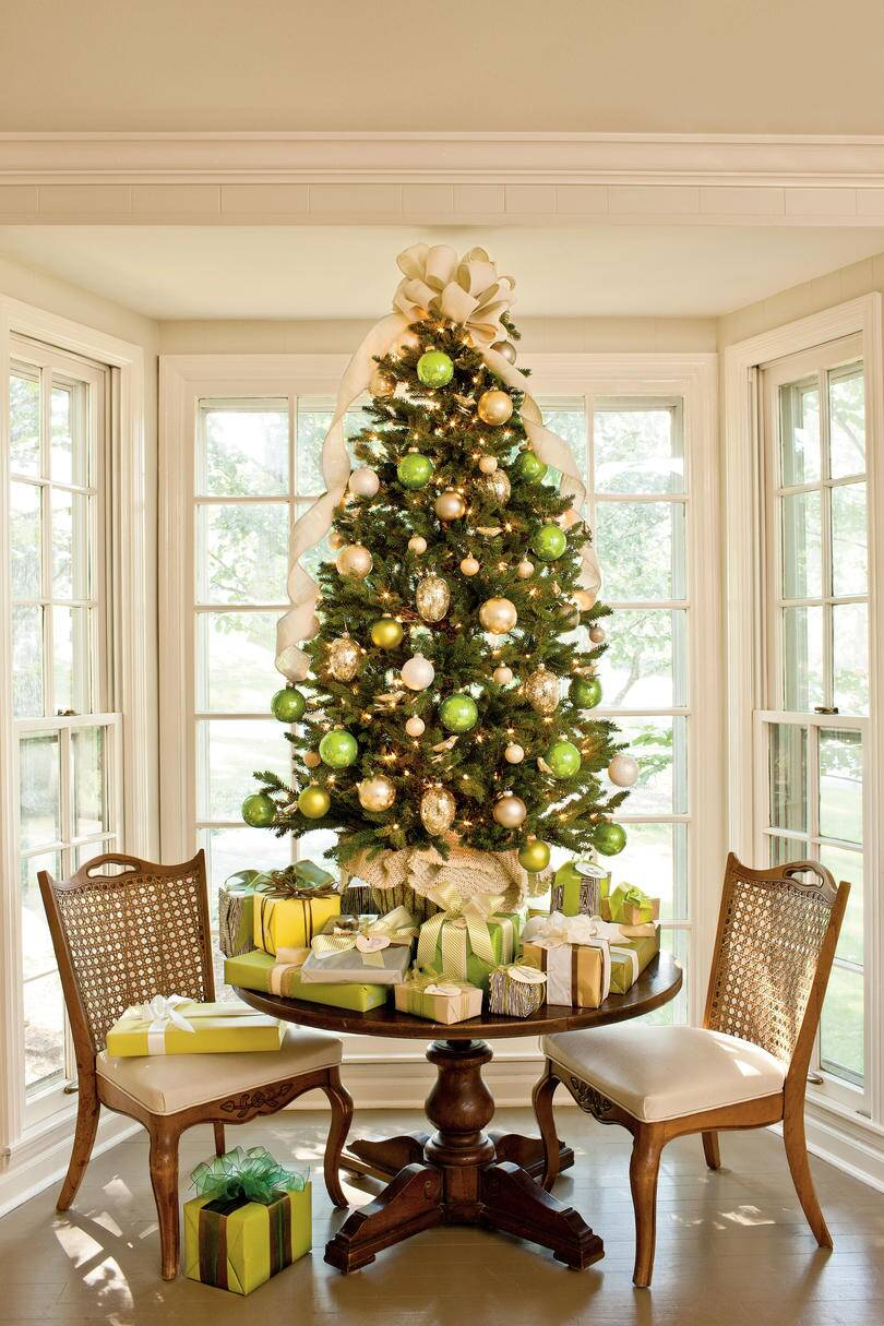 Christmas Tree Decoration Ideas - Pictures of Christmas Trees We ...