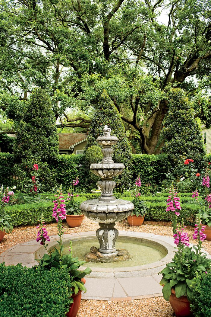 Classic Gardens And Landscape Classic courtyards southern living english courtyard fountain workwithnaturefo