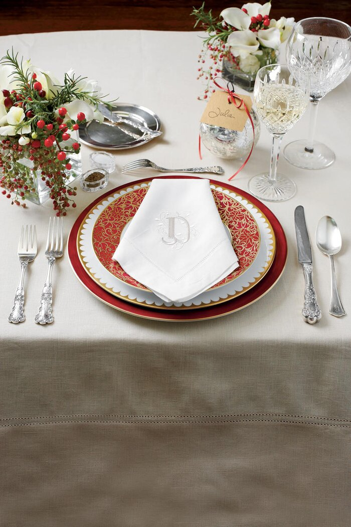 How To Set A Stunning Table Southern Living - How to set up a dinner table properly