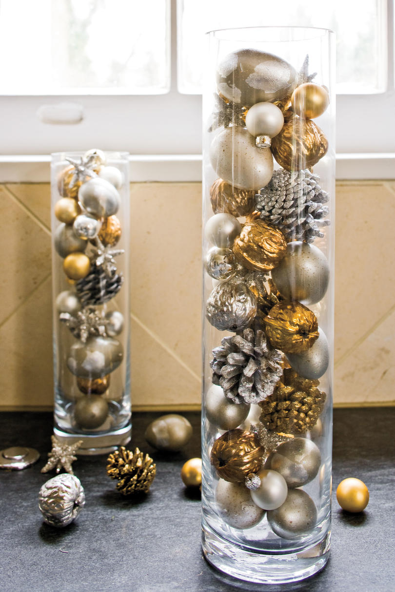 christmas decorating ideas ornaments in cylinders