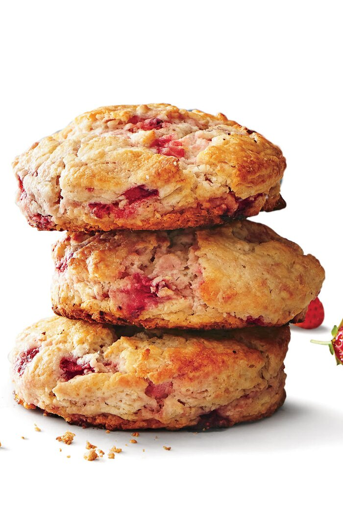 18 southern biscuit recipes southern living strawberry biscuits forumfinder Gallery