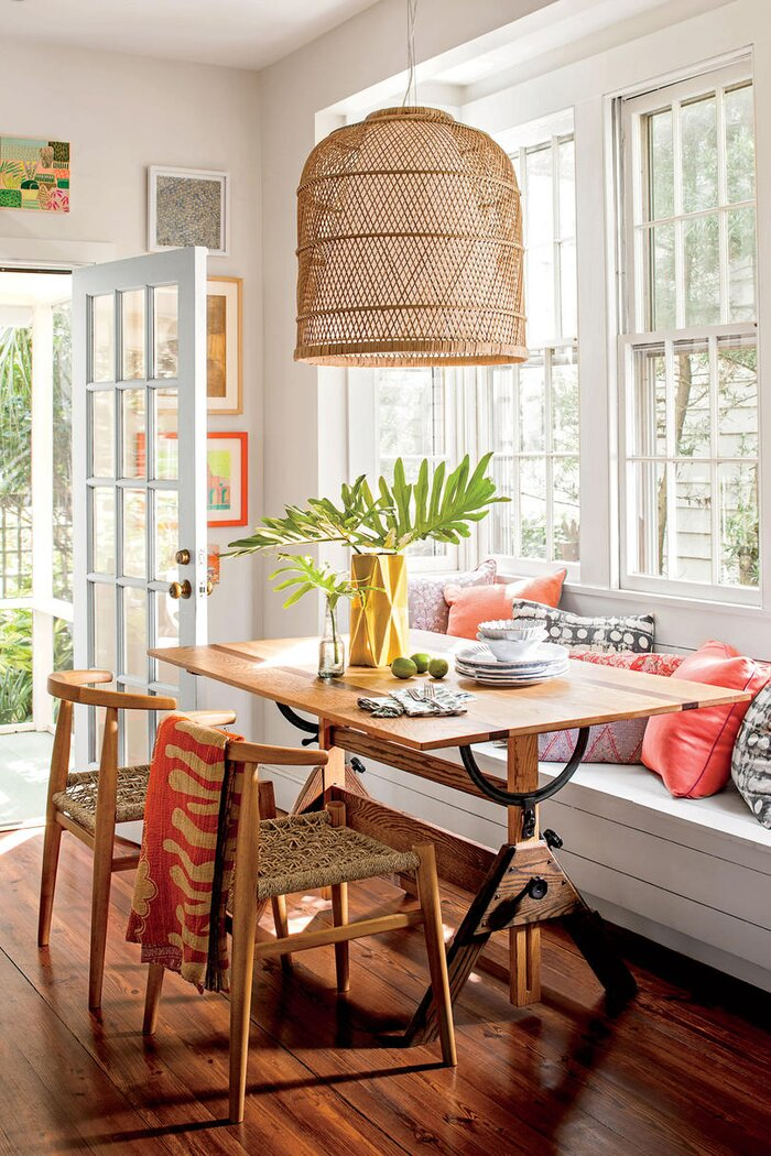 bright breakfast nook - House Designs For Small Spaces
