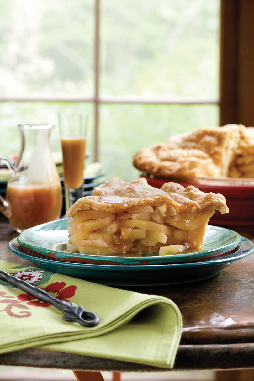 50 Best Thanksgiving Double Apple Pie with Cornmeal Crust