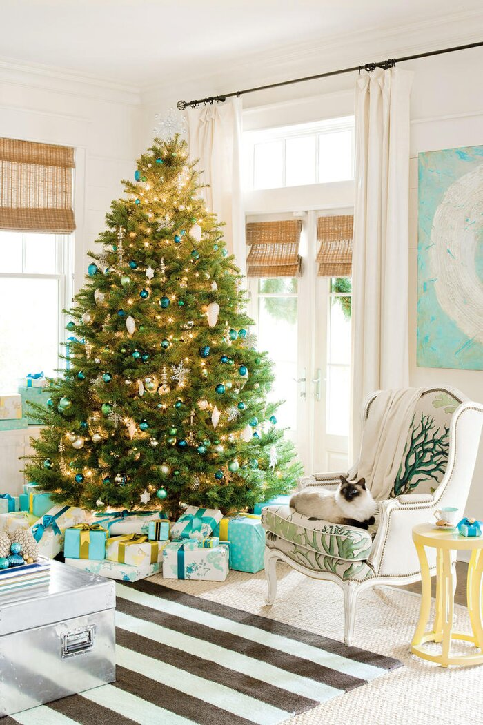 Holiday Decorating with Seaside Style - Southern Living