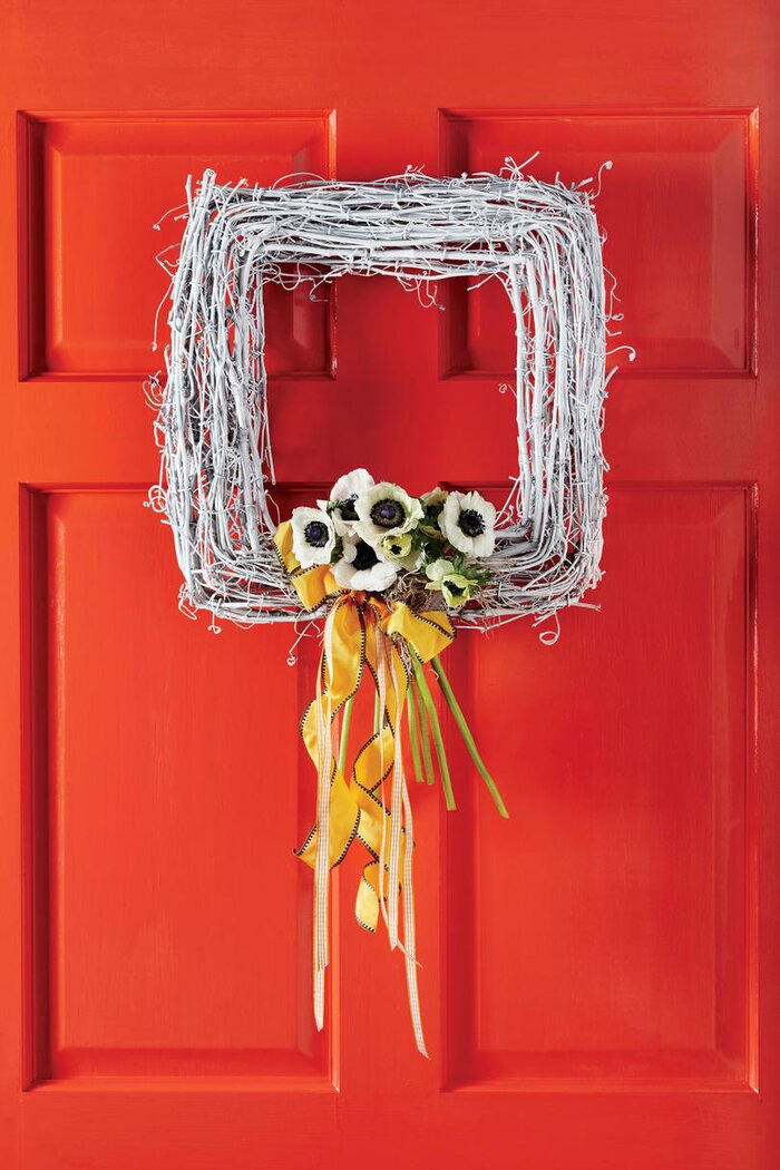 DIY Wreaths to Decorate Your Front Door for Easter - Southern Living