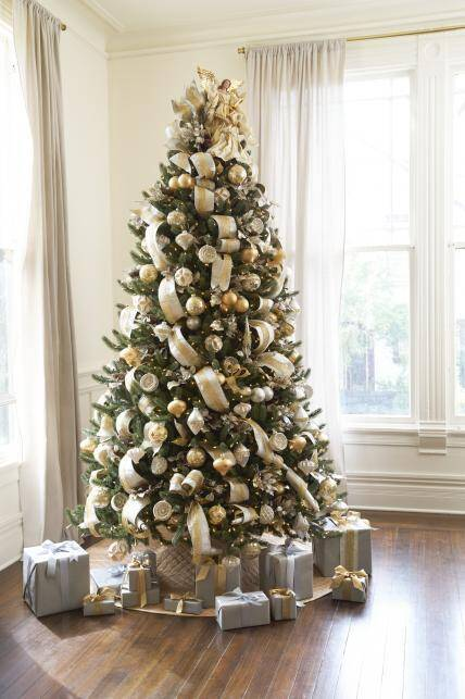 christmas tree ribbon ideas sophisticated silver and gold