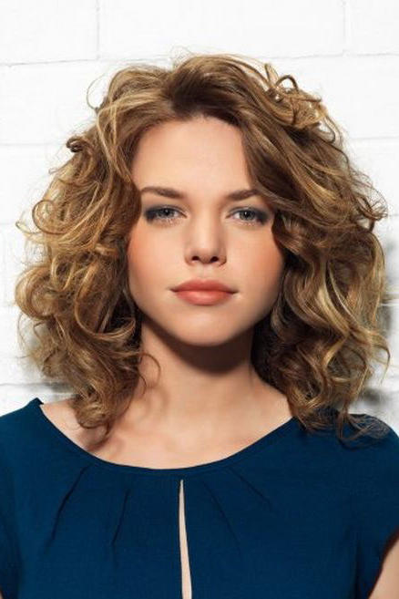 The Best Curly Hairstyles For Round Faces Southern Living