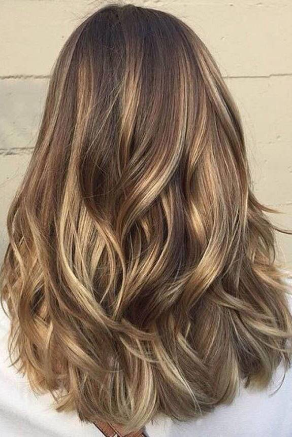 29 Brown Hair with Blonde Highlights Looks and Ideas - Southern Living