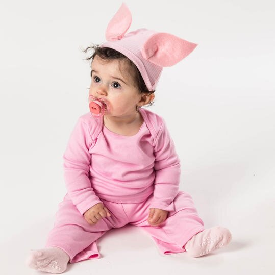 Diy halloween costumes for kids southern living halloween costume pig solutioingenieria Images