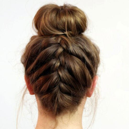 Christmas Hairstyles 2018 - Southern Living