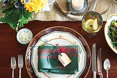 Thanksgiving Table Setting Ideas - Southern Living