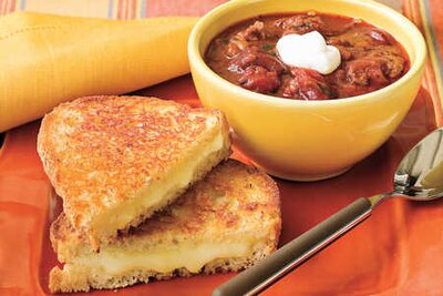 107 quick and easy dinner recipes southern living chili and grilled cheese recipes quick and easy soup recipes forumfinder Images