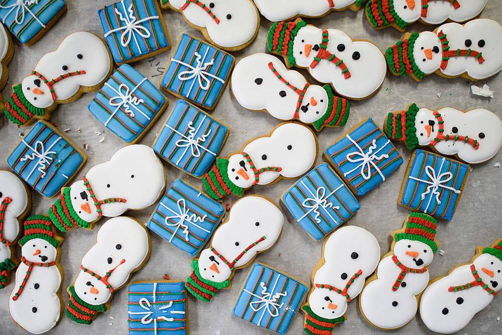 how to make icing for christmas cookes