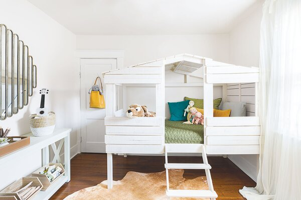 7 Inspiring Kid Room Color Options For Your Little Ones: 30+ Stylish & Chic Kids Room Decorating Ideas