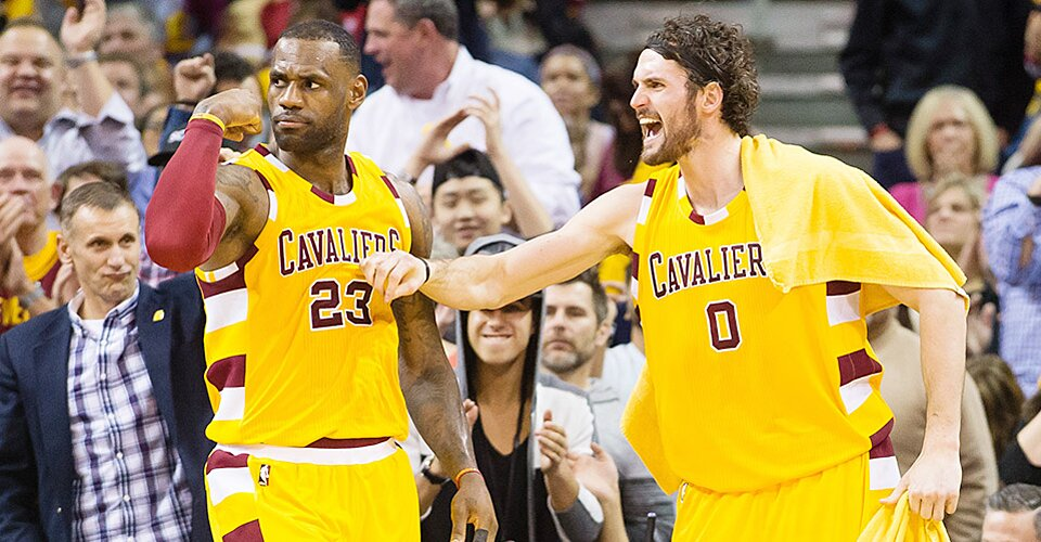 Cavaliers Rout Spurs Lebron James Kevin Love Dominate In