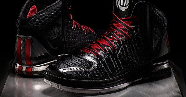da36d6889bfe Photos  Adidas unveils  D Rose 4  signature sneaker for Bulls  Derrick Rose
