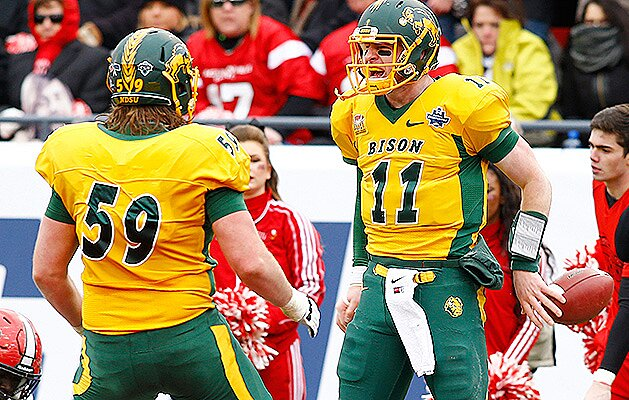 half off 43556 0284c NFL draft: Joe Haeg, Carson Wentz's left tackle, is NFL ...