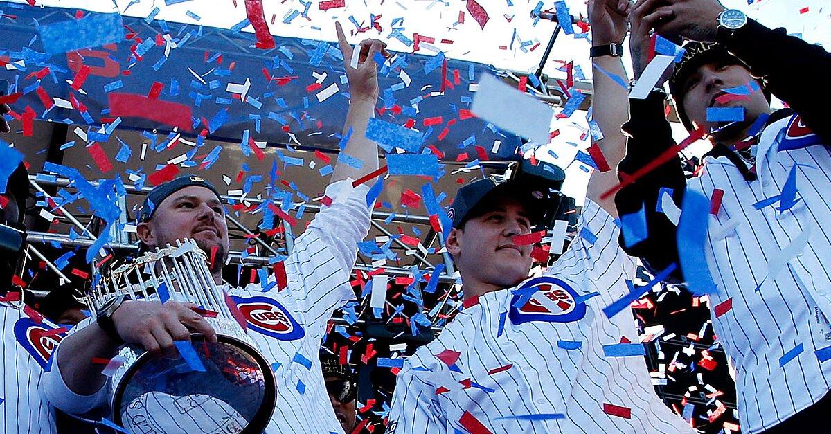 f042cd9c7b3 At Cubs  World Series parade