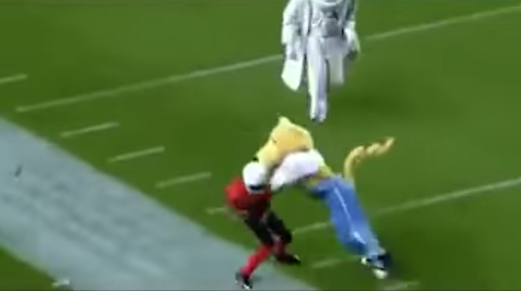 Mascots Playing Football Kids Get Destroyed Video Si Com
