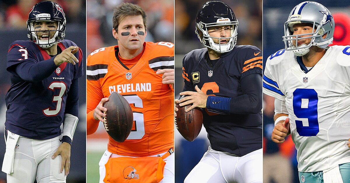 dd0e80bcf Jay Cutler leads odd offseason for NFL quarterbacks