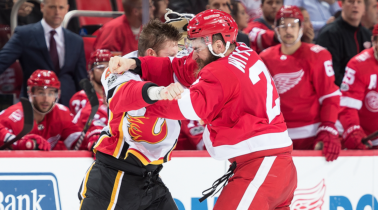 Red-wings-luke-witkowski-suspended-fighting