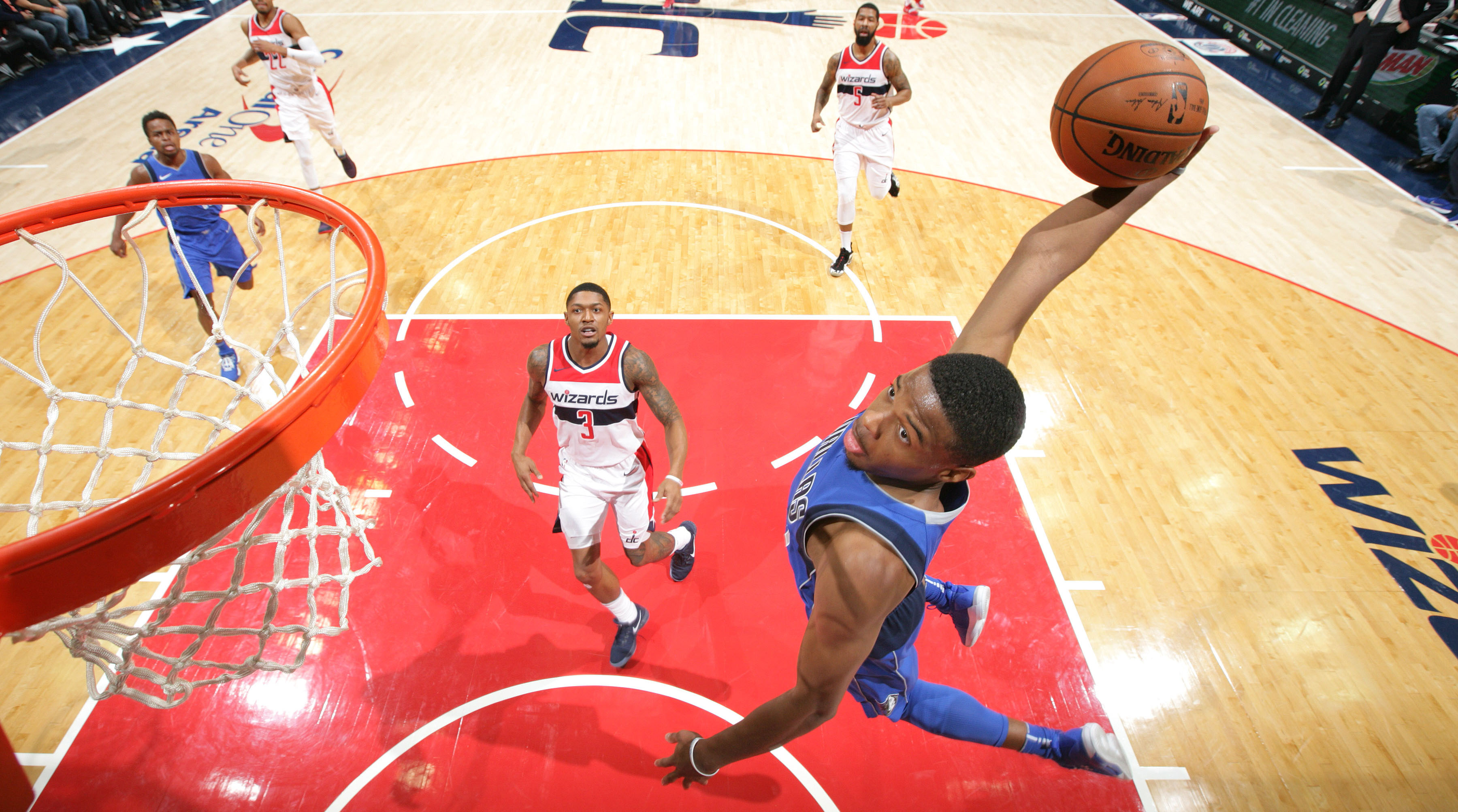 Dennis_smith_jr_dunk_