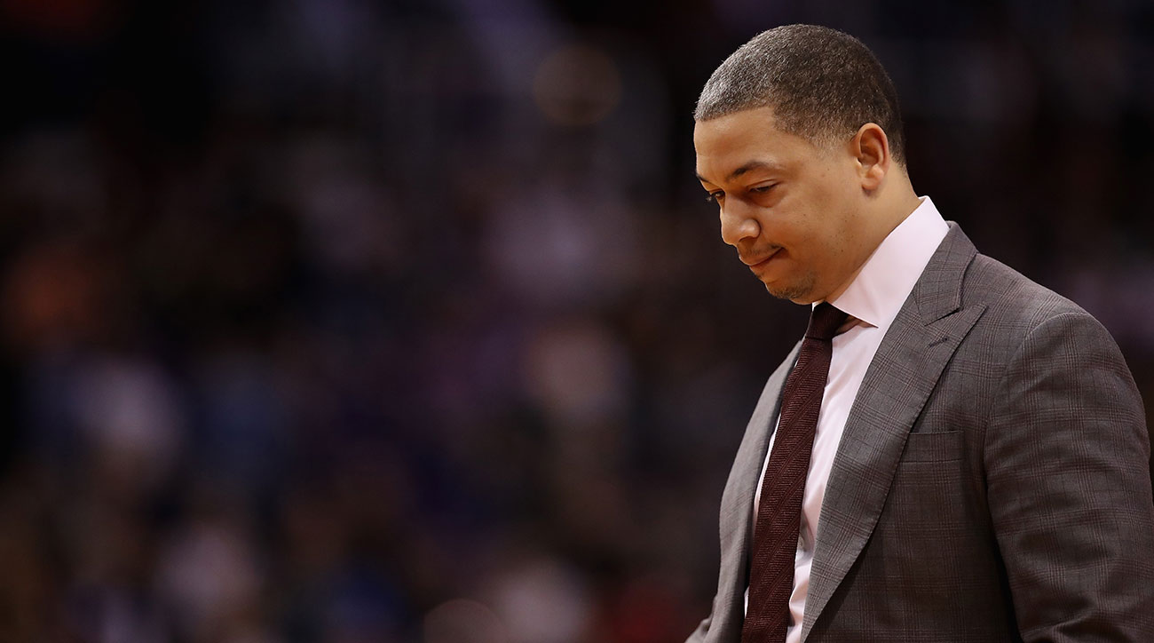 Tyron-lue-stepping-away-cleveland-cavaliers