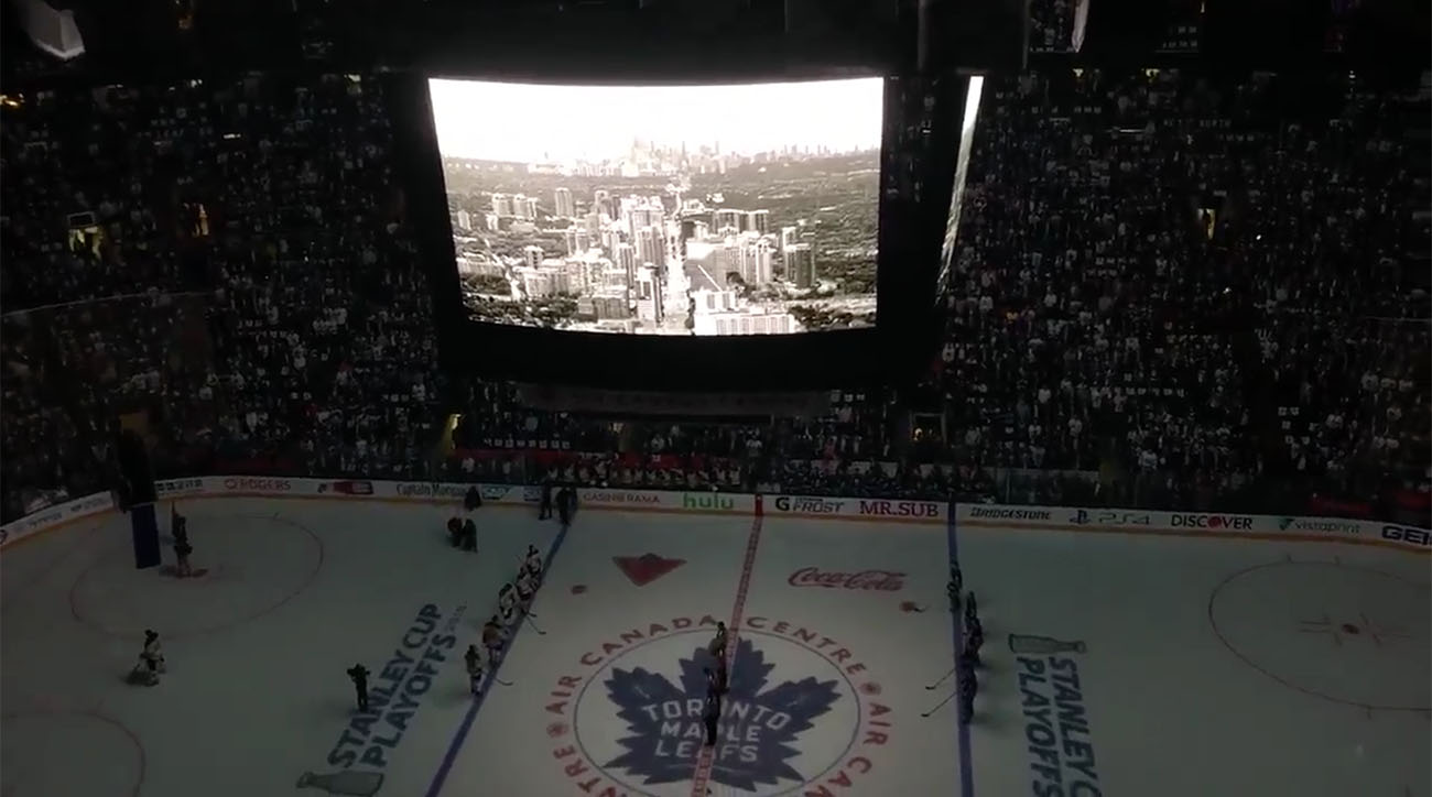Maple-leafs-moment-of-silence-for-van-crash