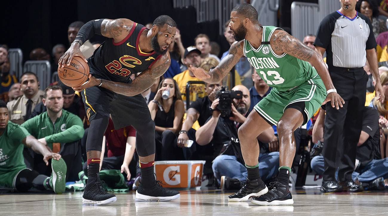 Lebron_takes_marcus_morris_off_the_dribble